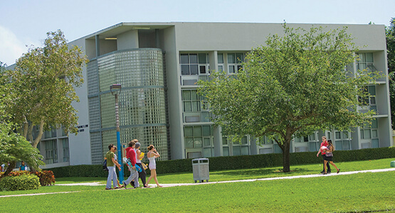 Students on Lynn University campus
